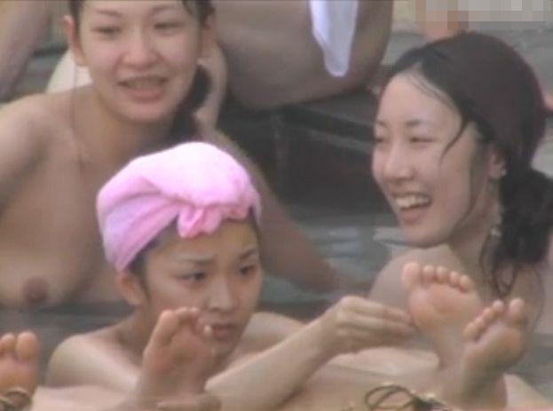 【リアル盗撮】もう女子風呂が最高すぎ社員旅行中のOLギャル達の集団全裸隠し撮り!
