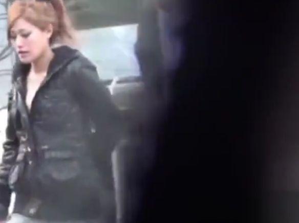 【ギャル パンチラ】ハーフなエロい美尻のギャル素人美女のパンチラ盗撮個人撮影隠し撮りバックプレイ動画!【Share Videos動画】