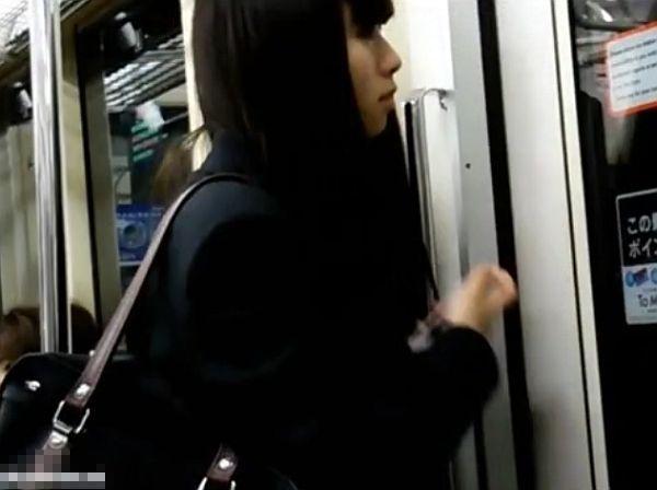 【美少女パンチラ】童顔な美少女女子校生素人のパンチラ隠し撮り盗撮個人撮影女多数プレイがエロい。【ShareVideos動画】